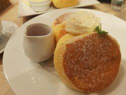 平日は待ち時間0分!?横浜中華街で話題の幸せのパンケーキを食べてきました