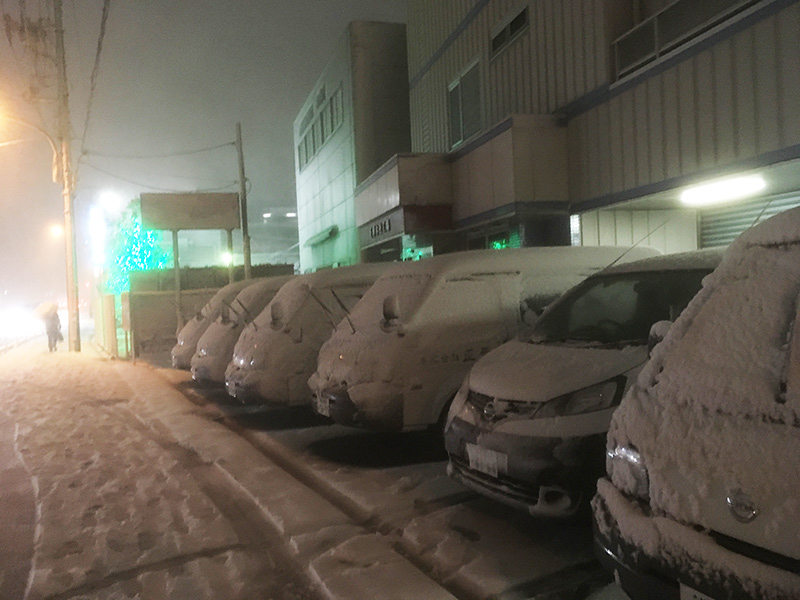 横浜大雪 正華本社工場 雪
