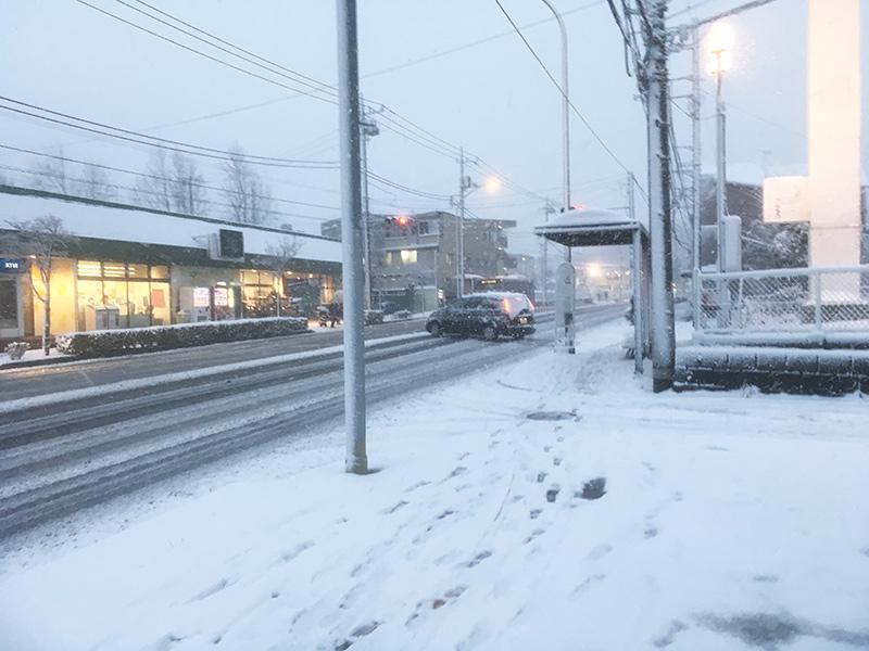 横浜大雪 磯子店 雪
