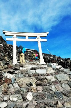 吉田ルートからの初富士登山!富士登山の全記録