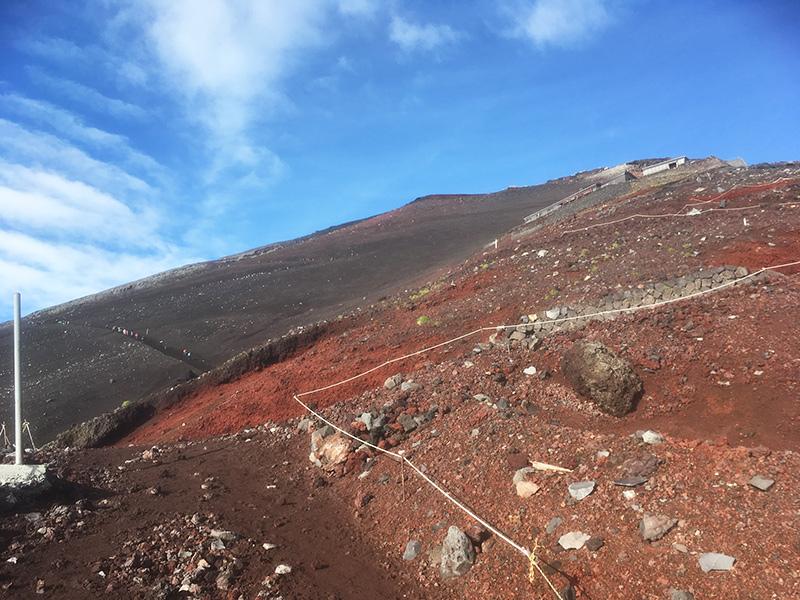 富士山8合目から9合目