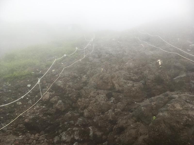 岩場の道 富士登山