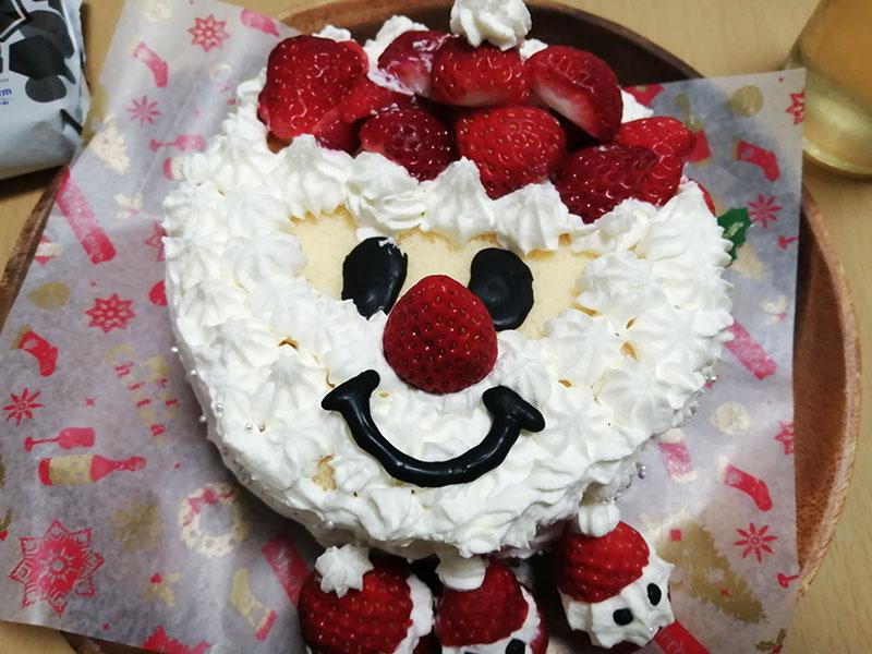 手作りのクリスマスケーキ デコレーション