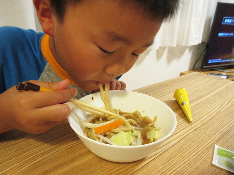 バリ男 小さい子供も食べれる?